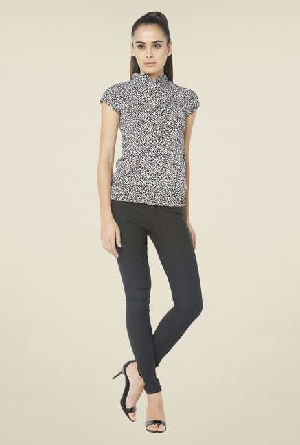 Globus Black Short Sleeve Printed Top