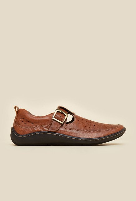 BCK by Buckaroo Maric Tan Sandals
