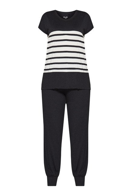 Intima by Westside Black Solid Pyjama Set