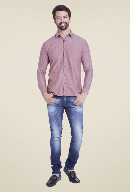 Globus Red Textured Shirt