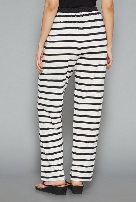 Intima by Westside White Striped Pyjamas