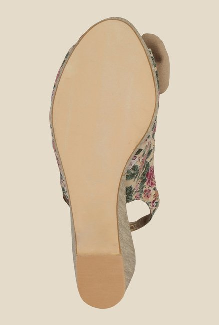 Inc.5 Beige Sling Back Wedges