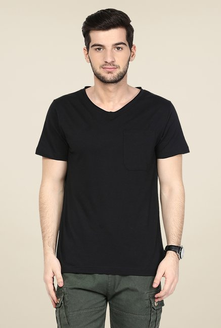 Yepme Black Trevor Solid T Shirt