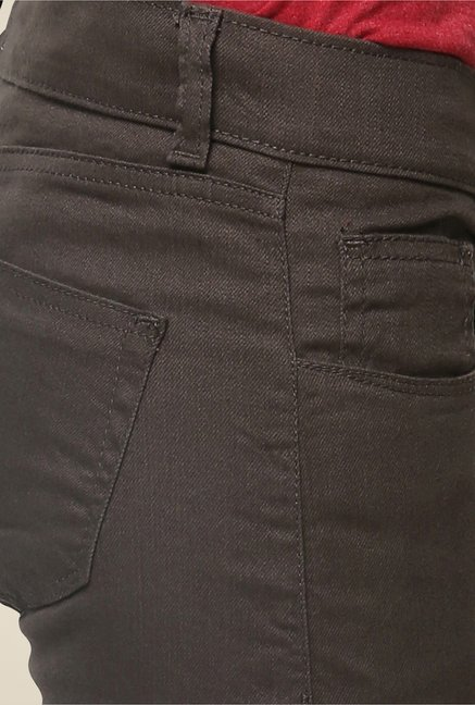 Yepme Clara Brown Solid Chinos