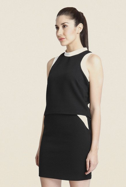 Vero Moda Black Solid Polyester Top