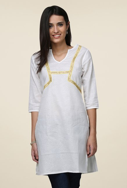 Yepme White Viera Solid 3/4th Sleeves Kurti
