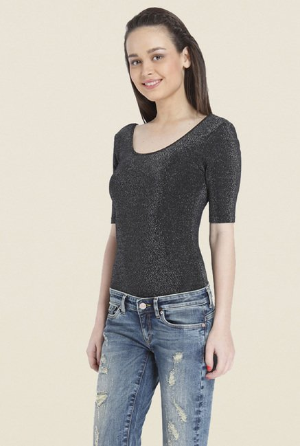 Only Black Solid Scoop Neck Top