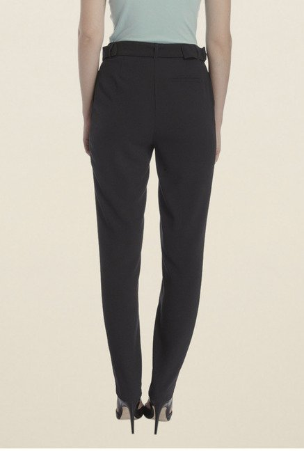 Vero Moda Black Solid Chinos