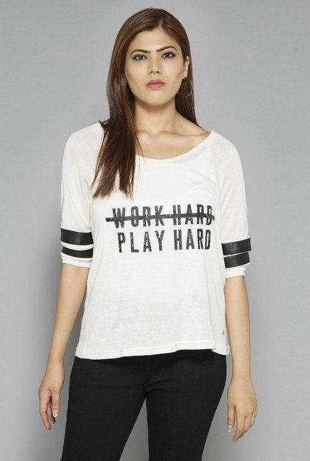 Sassy Soda by Westside White Juni T Shirt
