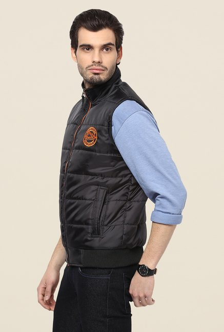 Yepme Edgar Black Sleeveless Jacket