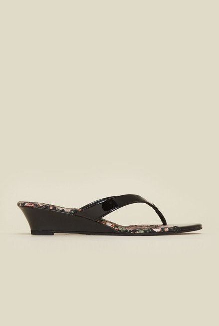 Inc.5 Black Wedge Sandals