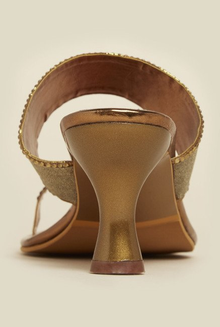 Inc.5 Antique Gold Kitten Sandals