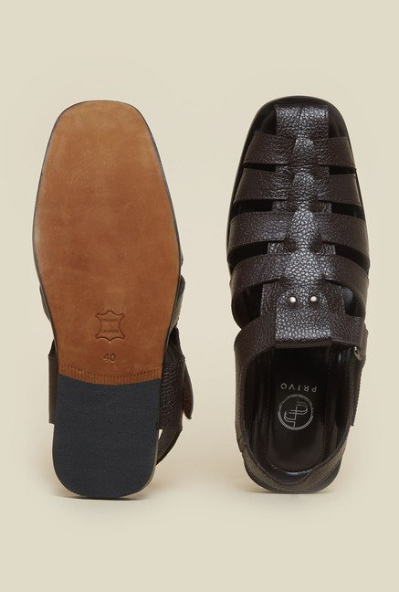 Privo by Inc.5 Brown Fisherman Sandals