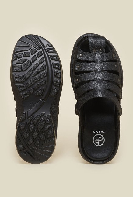 Privo by Inc.5 Black Fisherman Slide Sandals