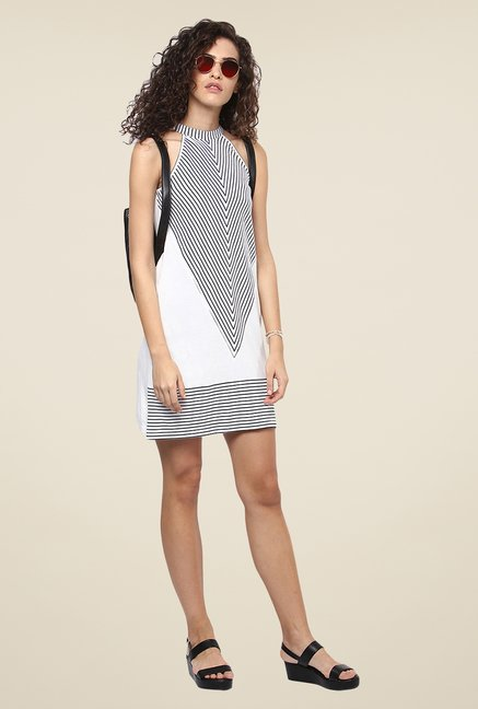 Yepme White & Black Shift Dress