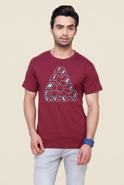 Yepme Maroon Time Goes Fast T Shirt