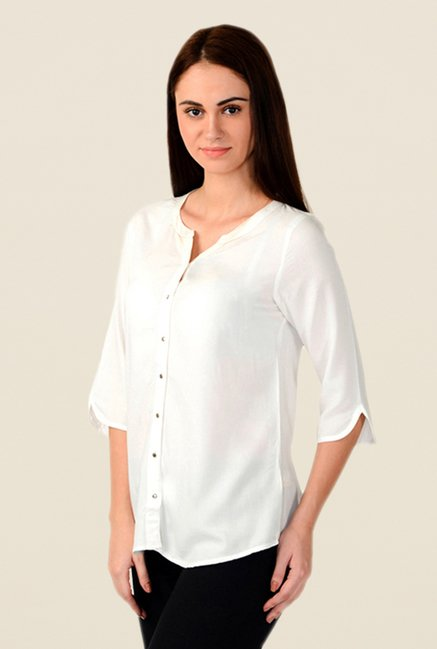 W White Solid Top