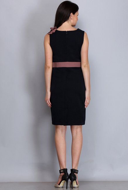 Kaaryah Black & Pink Solid Dress