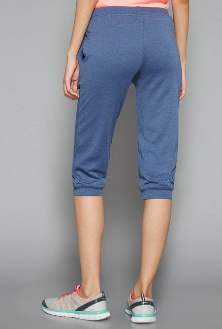 Westsport by Westside Blue Solid Capris