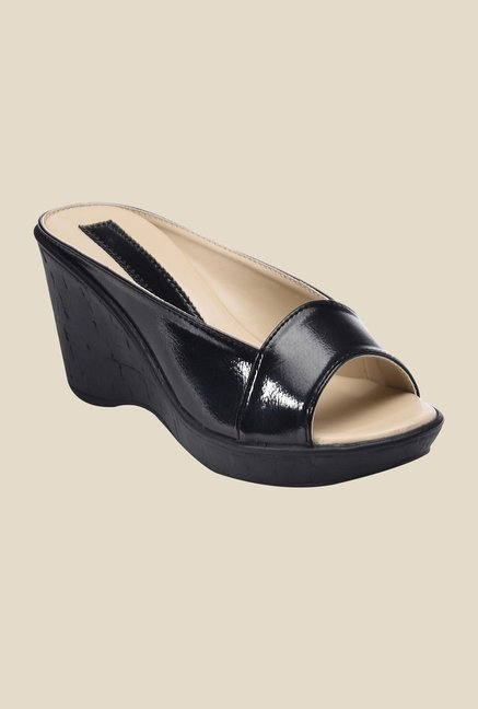 Bruno Manetti Black Wedge Heeled Sandals