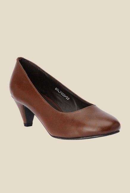 Bruno Manetti Brown Kitten Heeled Pumps