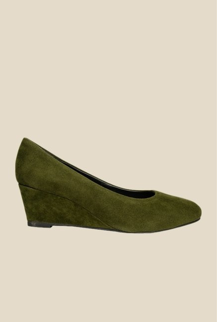 Bruno Manetti Olive Wedge Heeled Pumps