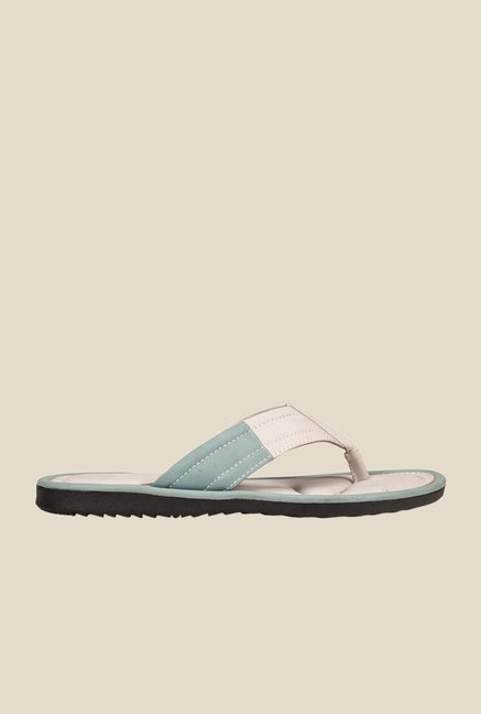 Khadim's White Thong Sandals