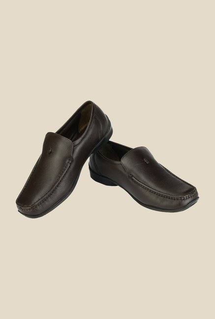 Khadim's British Walkers Brown Slip-Ons