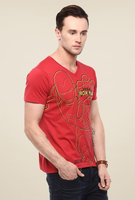 Yepme Marvel Civil War Red Graphic Printed Cotton T Shirt