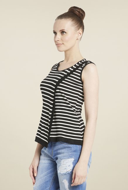 Globus Black & White Striped Top
