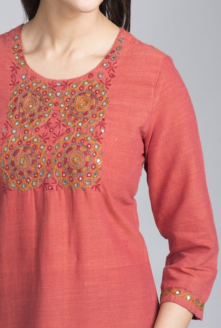 Fabindia Red Solid Kurta