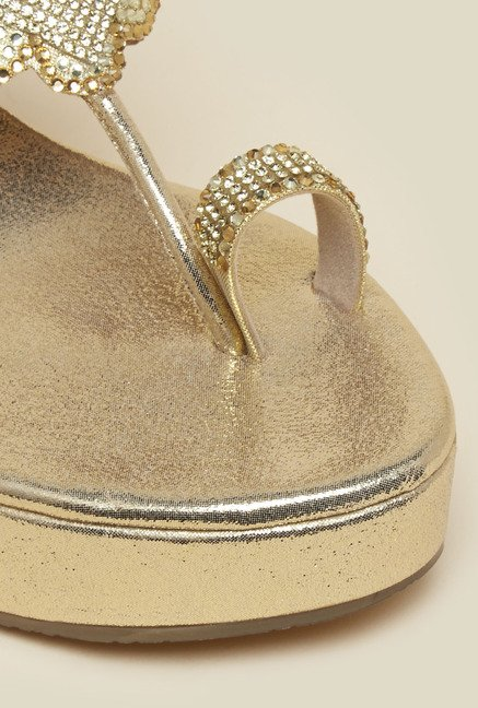 Princess by Metro Gold Toe Ring Wedge Beaded Sandal