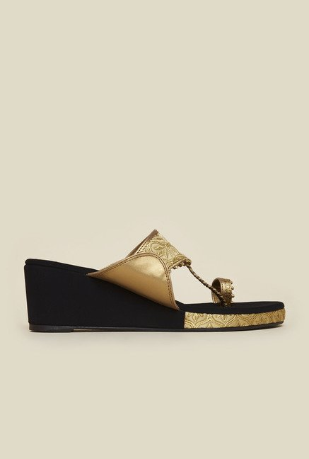 Metro Antique Gold Wedges