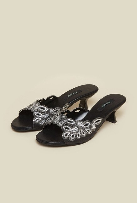 Princess by Metro Black Kitten Sandals