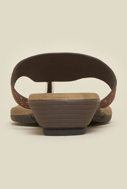 Metro Brown Thong Wedge Sandals