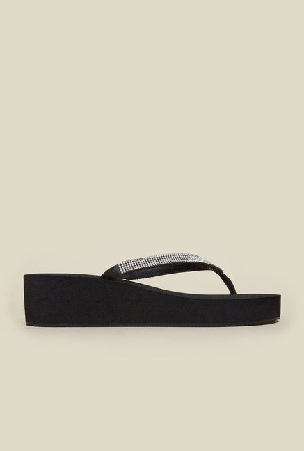 Metro Black Platform Thongs