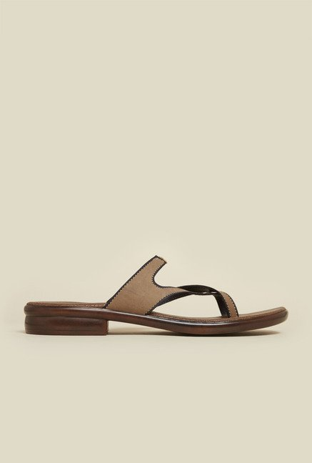 Mochi Beige Flat Cross Strap Sandals