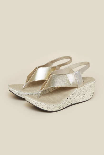 Metro Gold Back Strap Wedges