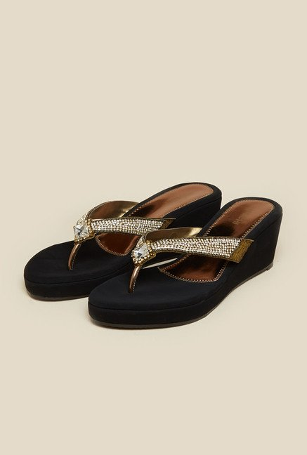 Mochi Antique Gold Thong Wedge Sandal