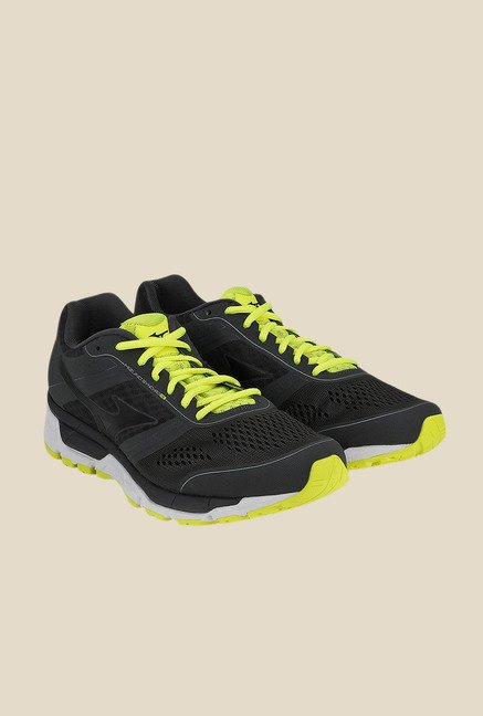 Mizuno Synchro MX Black & Green Running Shoes