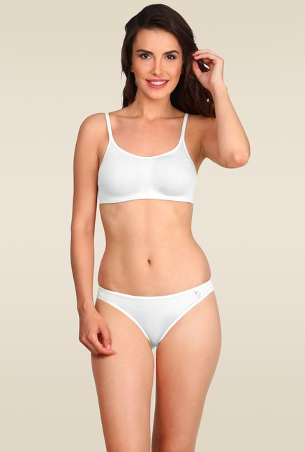 shop best sellers aesthetic appearance large discount Buy Jockey White Soft Cup Bra - SS12 for Women Online @ Tata CLiQ