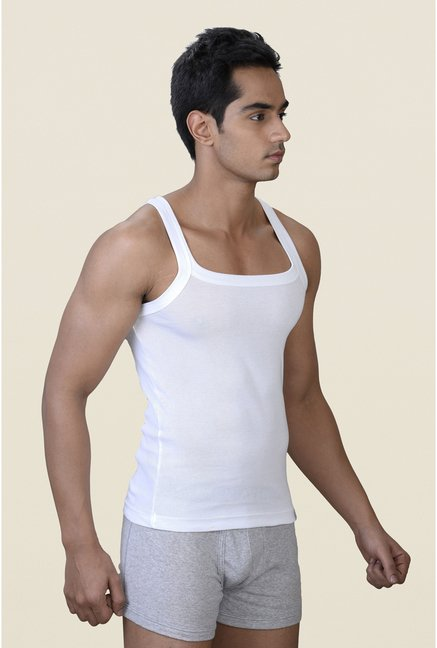 Park Avenue White Solid Vest