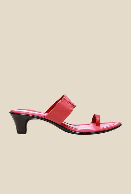 Bata Alma Pink Toe Ring Sandals