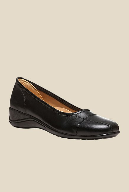 Bata Giselle Black Pumps