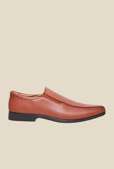 Bata Qisak Brown Slip-Ons