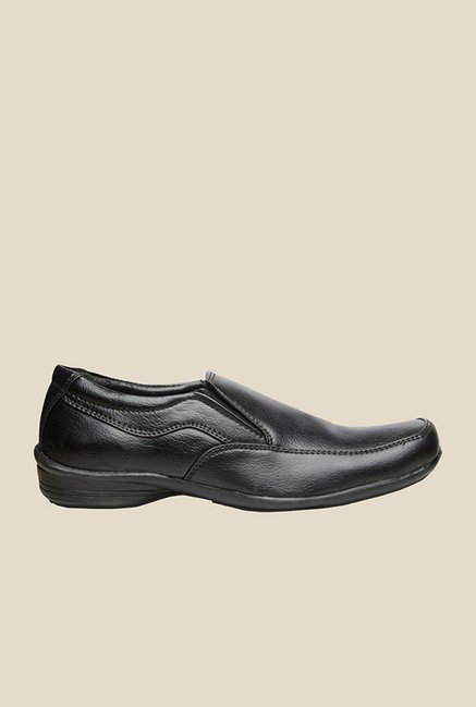 Bata King Black Slip-Ons
