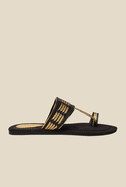 Bata Zara Black & Golden Toe Ring Sandals