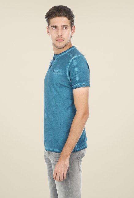 Basics Blue Solid T-shirt