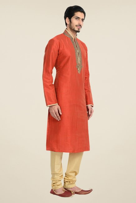 Manyavar Trendy Red Textured Kurta & Churidar