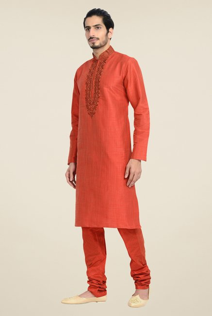 Manyavar Classic Red Textured Kurta & Churidar